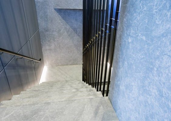 Marble staircase / marble wall