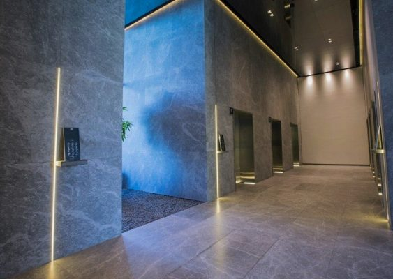 Marble floor / marble wall